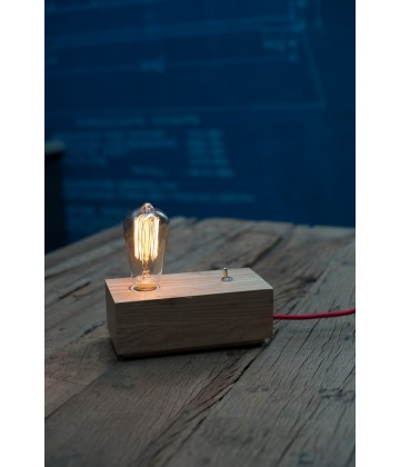 Lampe poser socle bois naturel pour ampoule a filament for Lampe a poser style industriel