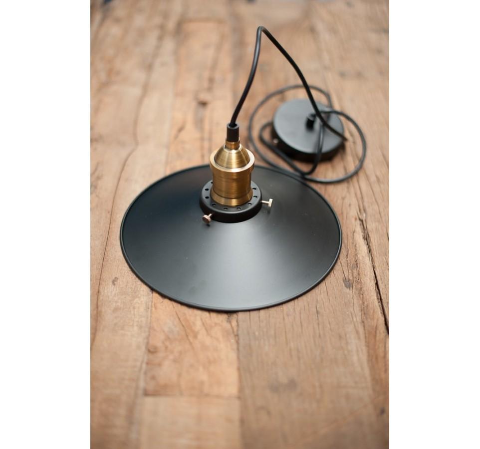 suspension vintage style industriel pour ampoule. Black Bedroom Furniture Sets. Home Design Ideas
